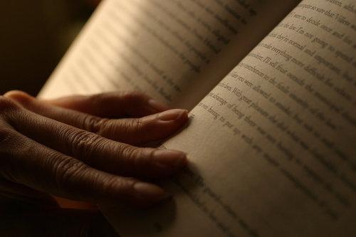 hand-reading.jpg